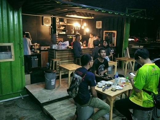 Container Modifikasi Untuk Cafe
